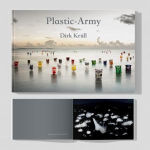 "Katalog ""Plastic Army"", Dirk Krüll - datagrafik.de"